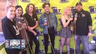 Hey Violet talks crazy moms and more
