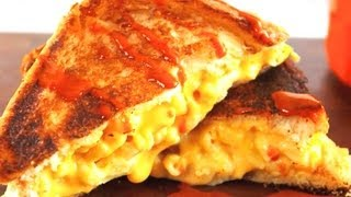 How to Make A Grilled Mac & Cheese