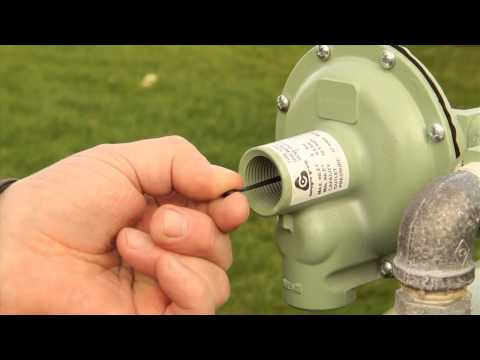 Calor Gas Tips - How to reset the pressure regulator on your Gas Tank