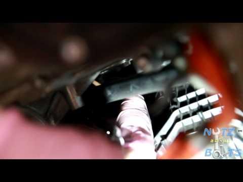 2010-2015 Toyota Prius PCV valve remove and install