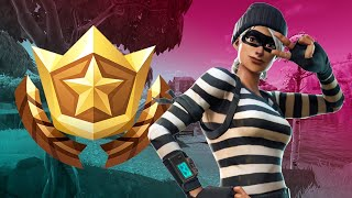 Fortnite: Between a Bear, Crater, and a Refrigerator Shipment (Battle Star for Season 4 Week 8)