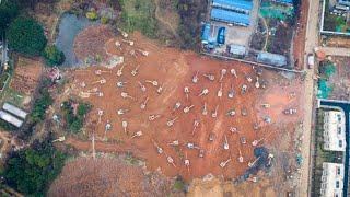 Live: Construction for Wuhan makeshift hospitals underway 与疫情赛跑——武汉火神山雷神山医院建设最前线