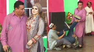 Nasir Chinyoti and Naseem Vicky with Varda Stage Drama Comedy Clip 2019 - New Stage Drama 2019