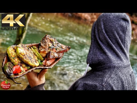 Primitive Cooking 4K - 1000$ BEAR STEAK!