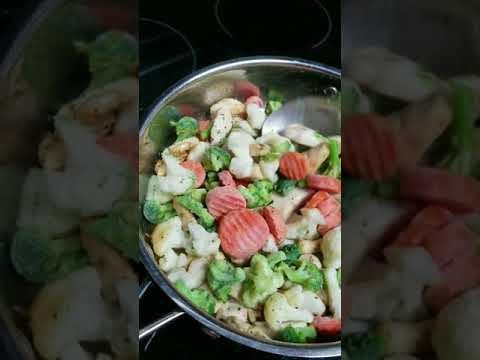 Chicken breast with frozen veggies