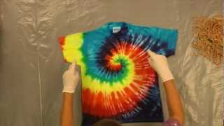 Jacquard Products Presents: Tying and Dyeing the Centered Rainbow Spiral (Pt.1)