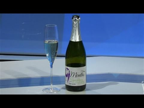 Weekend Sip: Expecting? Here's a Sparkling Juice