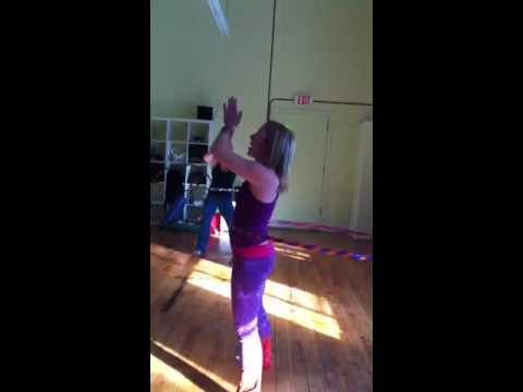 Hooping @ Fresh Yoga - Finding your flow
