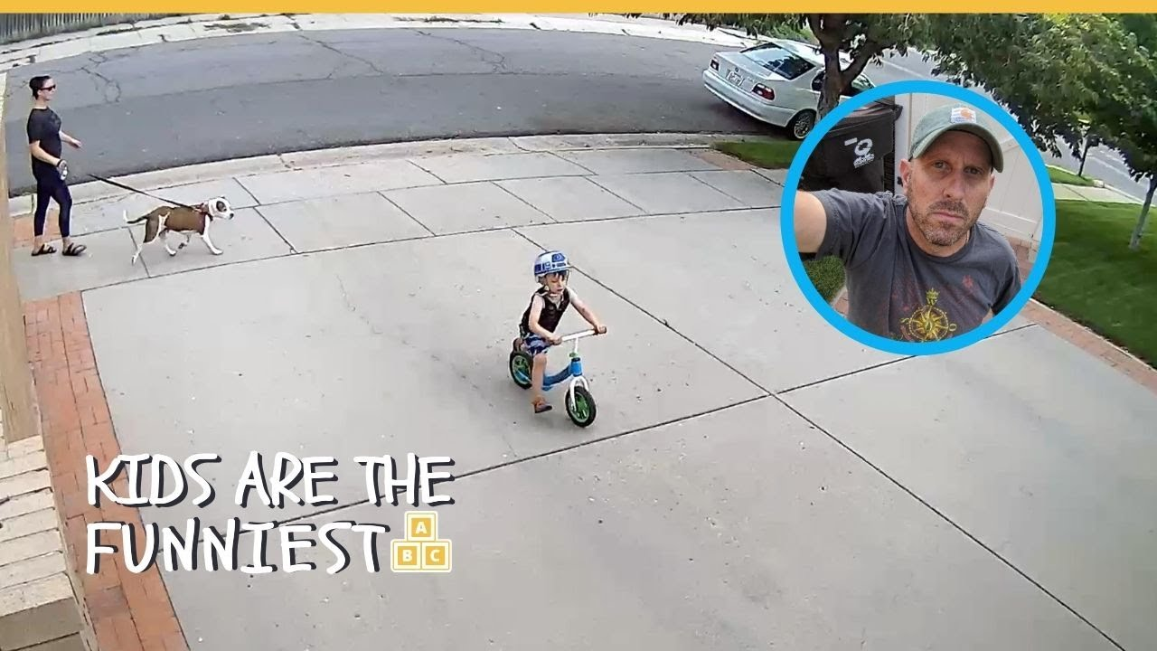 Man Deals With Kid Setting Off Security Alert In Sweetest Way