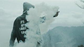 Le Strisce - Ci pensi mai (Official Video)