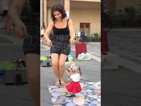 Despacito Dancing Puppet!! (AMAZING)