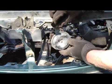 How to replace horn Toyota Corolla. Years 1995 to 2010.