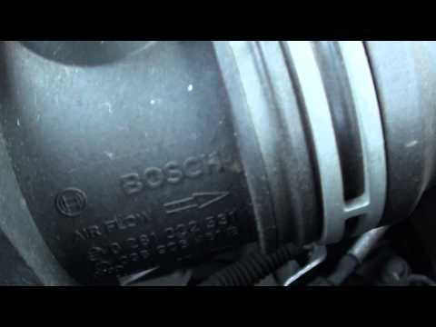 VW Jetta MAF Mass Airflow Meter Sensor Location Video