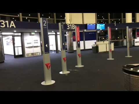 LAX Los Angeles International Airport Terminal 3 Delta Airlines 10/5/2017