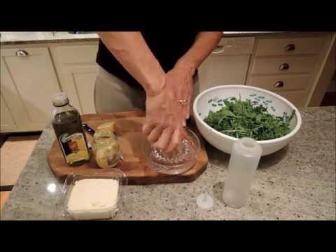 How to Make Arugula Salad with Avocado, Parmesan Cheese and Lemon Vinaigrette - Episode 9