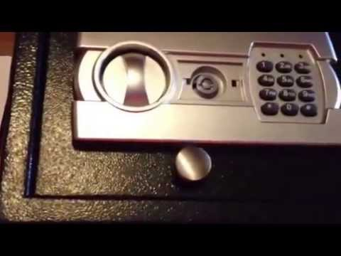Electronic Key Pad Safe Unboxing and Set up Instructions