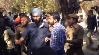 Clash between SFS and ABVP in Panjab University Chandigarh on Ramjas Row