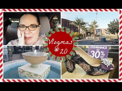 Running errands, trying to hold myself together, & buying new shoes - Vlogmas 20 2017
