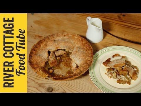 Gluten Free Apple Pie | Naomi Devlin