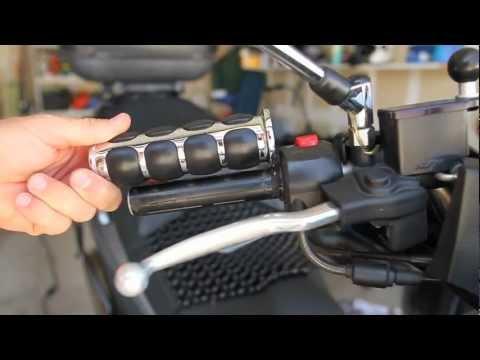 Suzuki Burgman - Kuryakyn ISO Grips Installation
