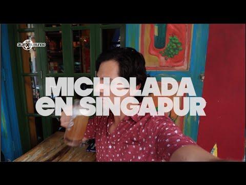 Buscando una michelada en Singapur.
