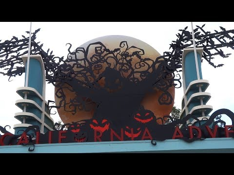 Oogie Boogie welcome sign, Halloween Time decorations at Disney California Adventure 2017
