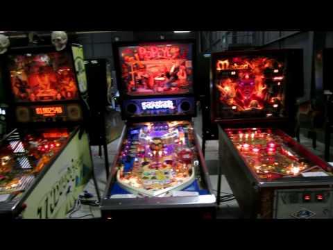 Play Expo 2016 - Pinball Machines - Northern Lights Pinball