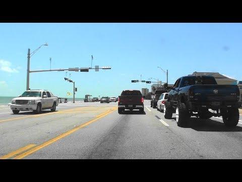 SUNDAY AFTERNOON IN GALVESTON, TEXAS: JOYRIDE & THE BEACH