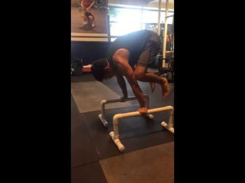 L-Sit -- Frog Stand -- Tuck Planche