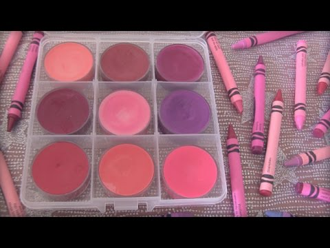DIY CRAYON LIPSTICK // Lip Gloss - Back To School How To | SoCraftastic