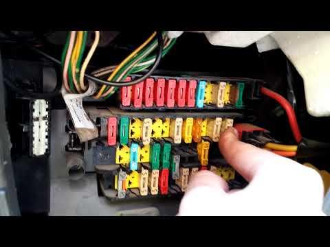 Windshield Washer Pump fuse (Xsara Picasso)