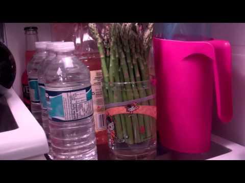 How to keep Asparagus and Cilantro fresh.