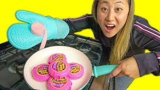 Download CAN YOU COOK BUBBLE GUM?! Video