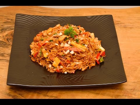 How to Make a Tasty Stir Fried Rice with Eggs