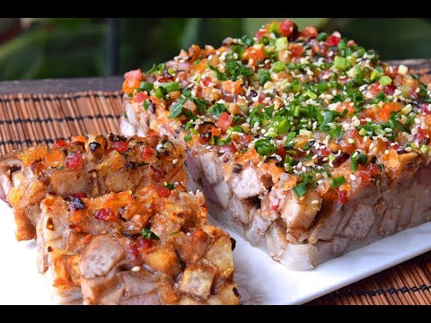 Taro Cake - How to Make Dim Sum-style Taro Cake for Chinese New Year (芋头糕)