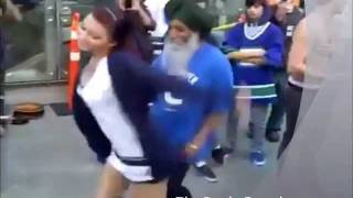Punjabi Tharki BABA dance with Gori on song Baba ve 