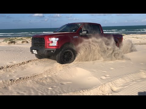 2015 Ford F150 XLT FX4 (4WD) Climbing Sand Dune