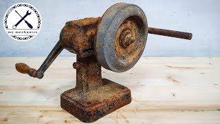 Antique Hand Cranked Grinder - Restoration