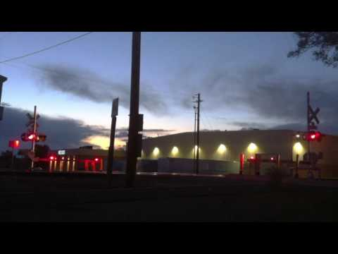 BNSF leads Amtrak's Southwest Chief 5/27/16