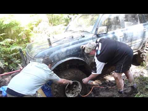 christchurch 4x4 boys get tyre back on, on west coast. no pump needed.