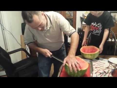 Cut up 1/2 a watermelon... in less than a minute!