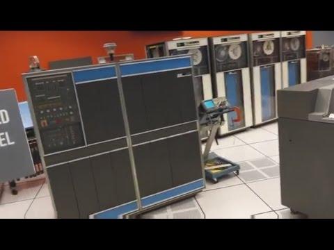 Debugging the 1959 IBM 1401 Computer at the Computer History Museum