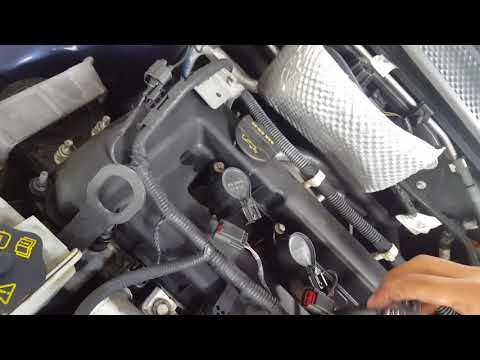 How to change the spark plugs on a 2009 ford focus