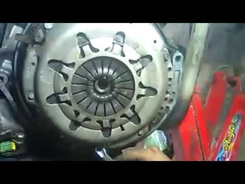 How to change clutch plate Ford Figo