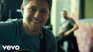 Niall Horan - Slow Hands (Spanish Lyric Video)