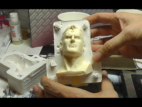 Superman Adopted Son Bust Customization - Part 9 - Casting with Resin