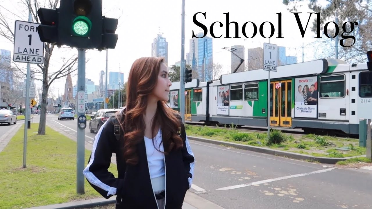 Download Chelsea's Diary |  Typical School Day in Melbourne MP3 Gratis