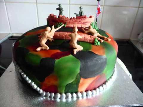 Army fondant cake