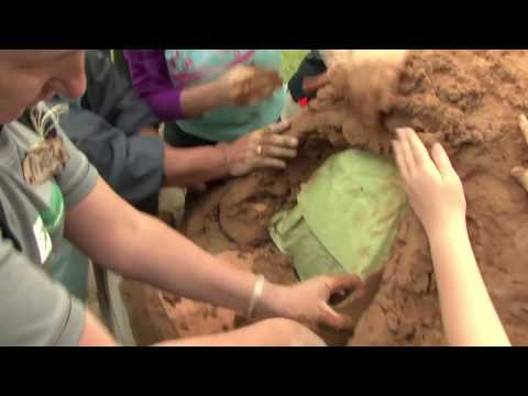 How to Build a Pizza/ Clay Oven Step by Step