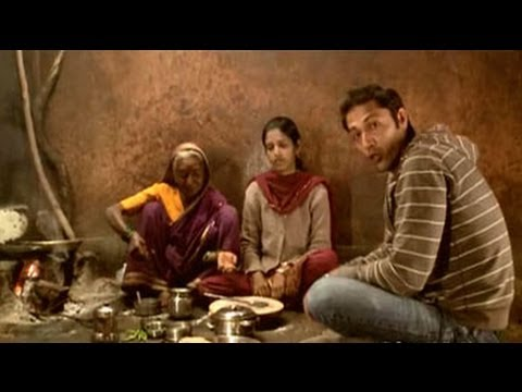 Aditya learns to cook Zunka Bhakar